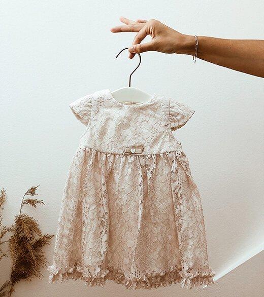 Babyshop - Spitzenkleid mit Schuhen